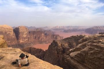 Walter high on Rijm Asaf, Jebel Rum